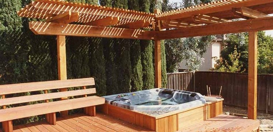 Wooden-Outdoor-Jacuzzi-Example